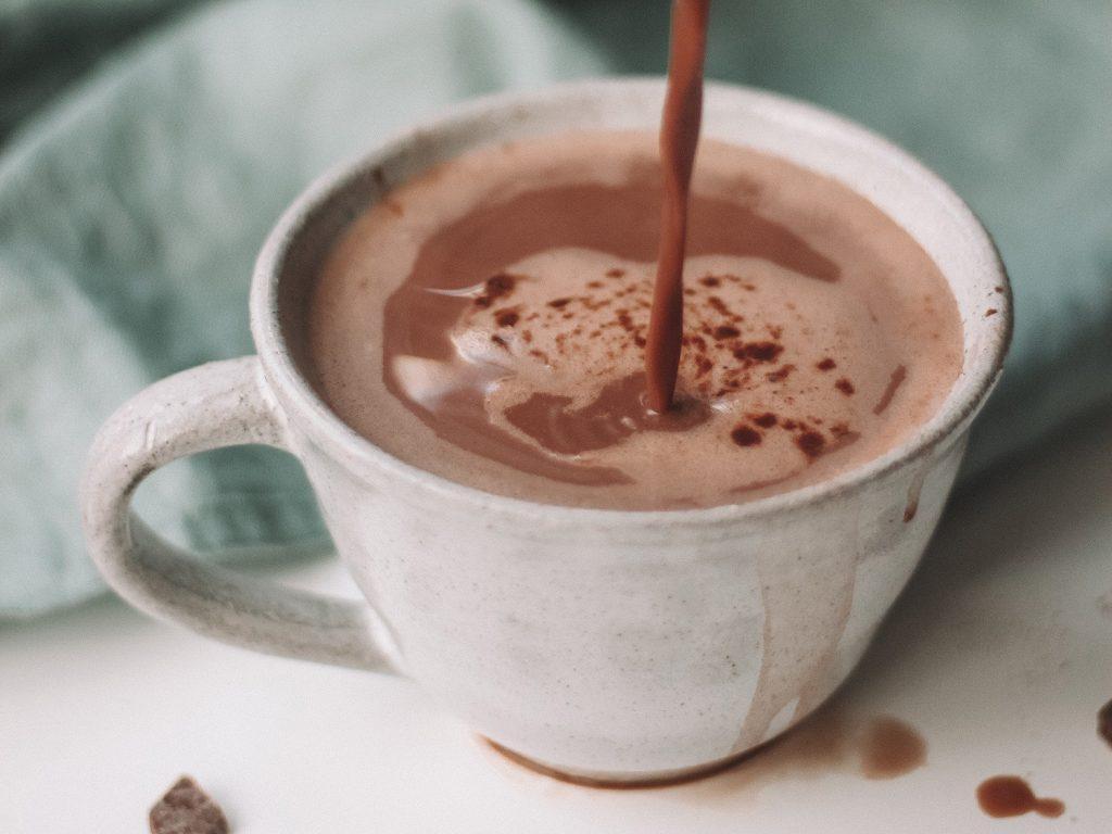 healthy holiday treat: hot cocoa